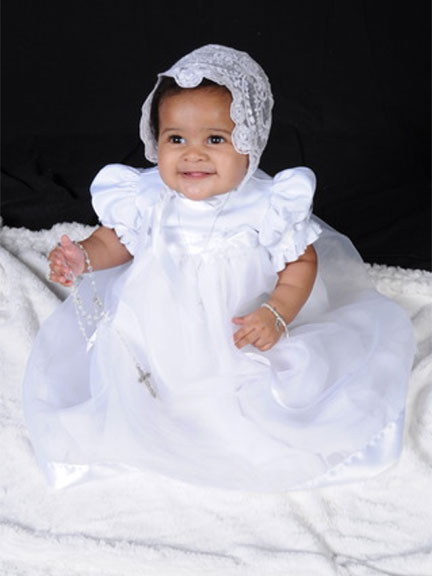 Allanah Samantha in the Clarice Christening Gown